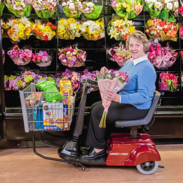 amigo_mobility_smartshopper_grocery_and_retail_commercial_electric_shopping_cart_scooter_handicap_flowers