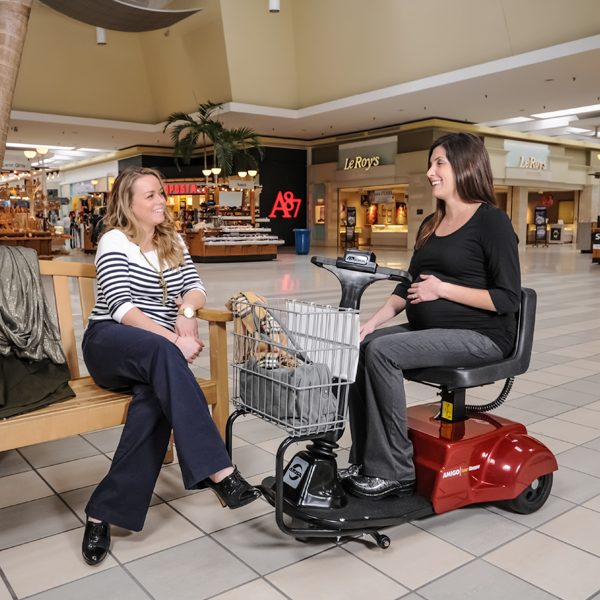 amigo_mobility_smartshopper_grocery_and_retail_mall_commercial_electric_shopping_cart_scooter_handicap_comfortable